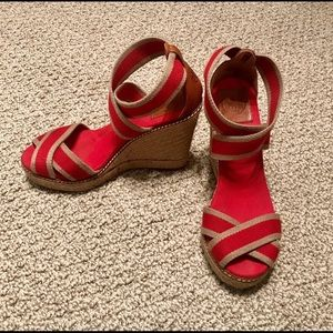 EUC Tory Burch Wedge Sandals